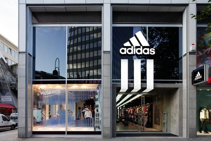 Công ty đã báo cáo thu nhập ròng là 502 triệu euro (605 triệu đô la) trong quý đầu tiên của năm nay
