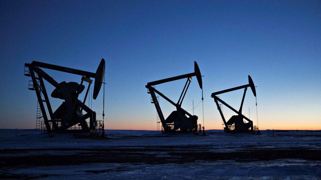 Dầu tăng 4% trong cảnh khủng hoảng năng lượng chưa hạ nhiệt